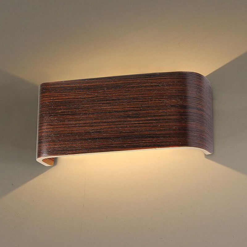 Stira Walnut