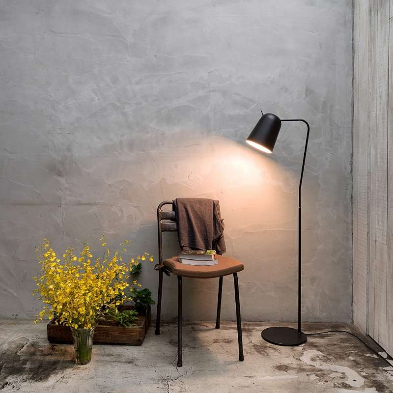 Dodo Floor Lamp Insitu