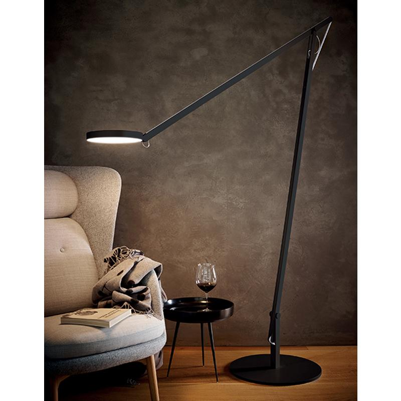 String XL lamp in black